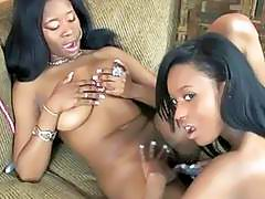 Black hottie Mercy Starr fucks her girlfriend Rach