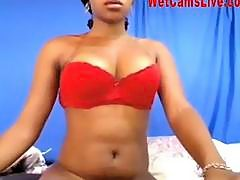Hot Black Bitch Fingers Her Pussy On Cam